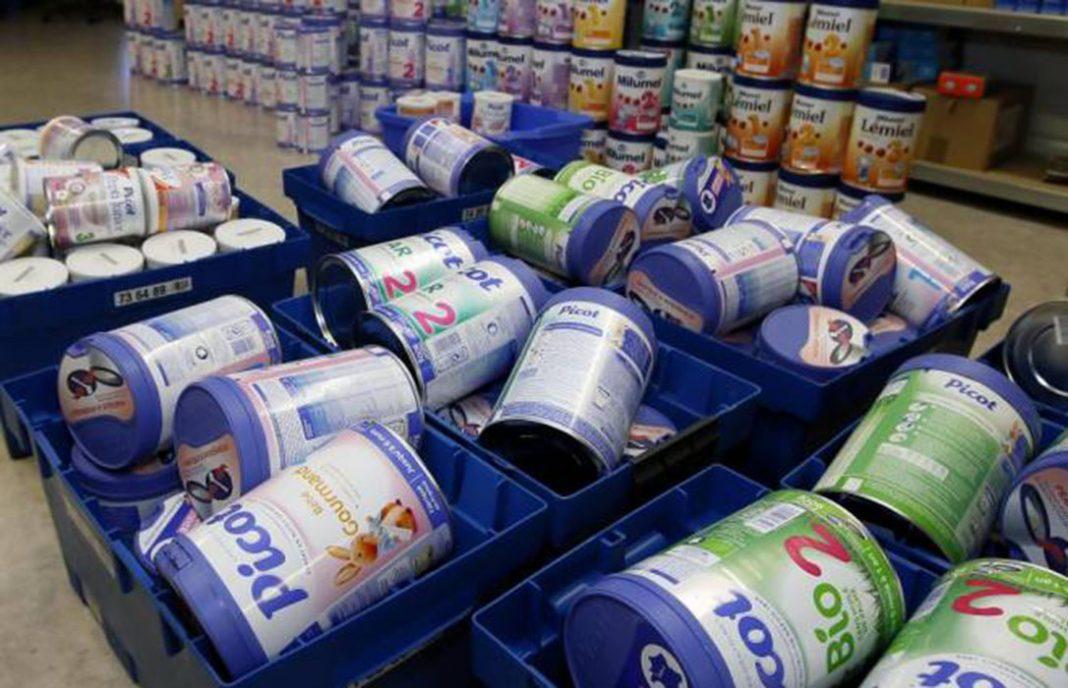 Lactalis decide retirar del mercado español otros 30 lotes más de leche infantil y papilla