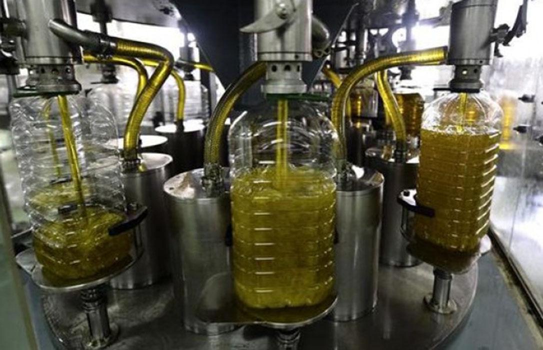 El aceite de oliva no remonta: Parálisis en las ventas y nueva caída de precios en origen