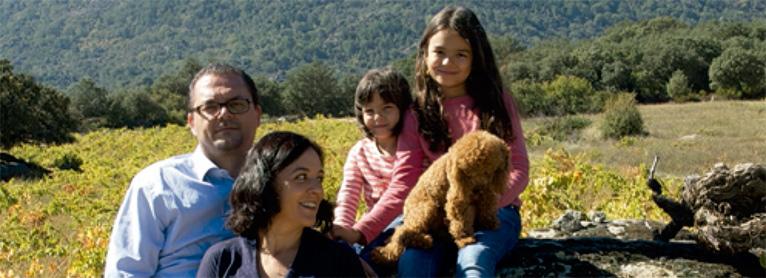 La Fundación Estudios Rurales premia a María Victoria Serrano «por no dejar morir las viñas de su abuelo»