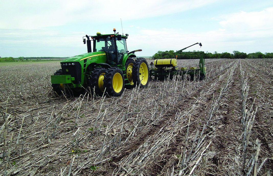 Enfado de los agricultores: El Plan Renove no puede servir exclusivamente para maquinaria de purines