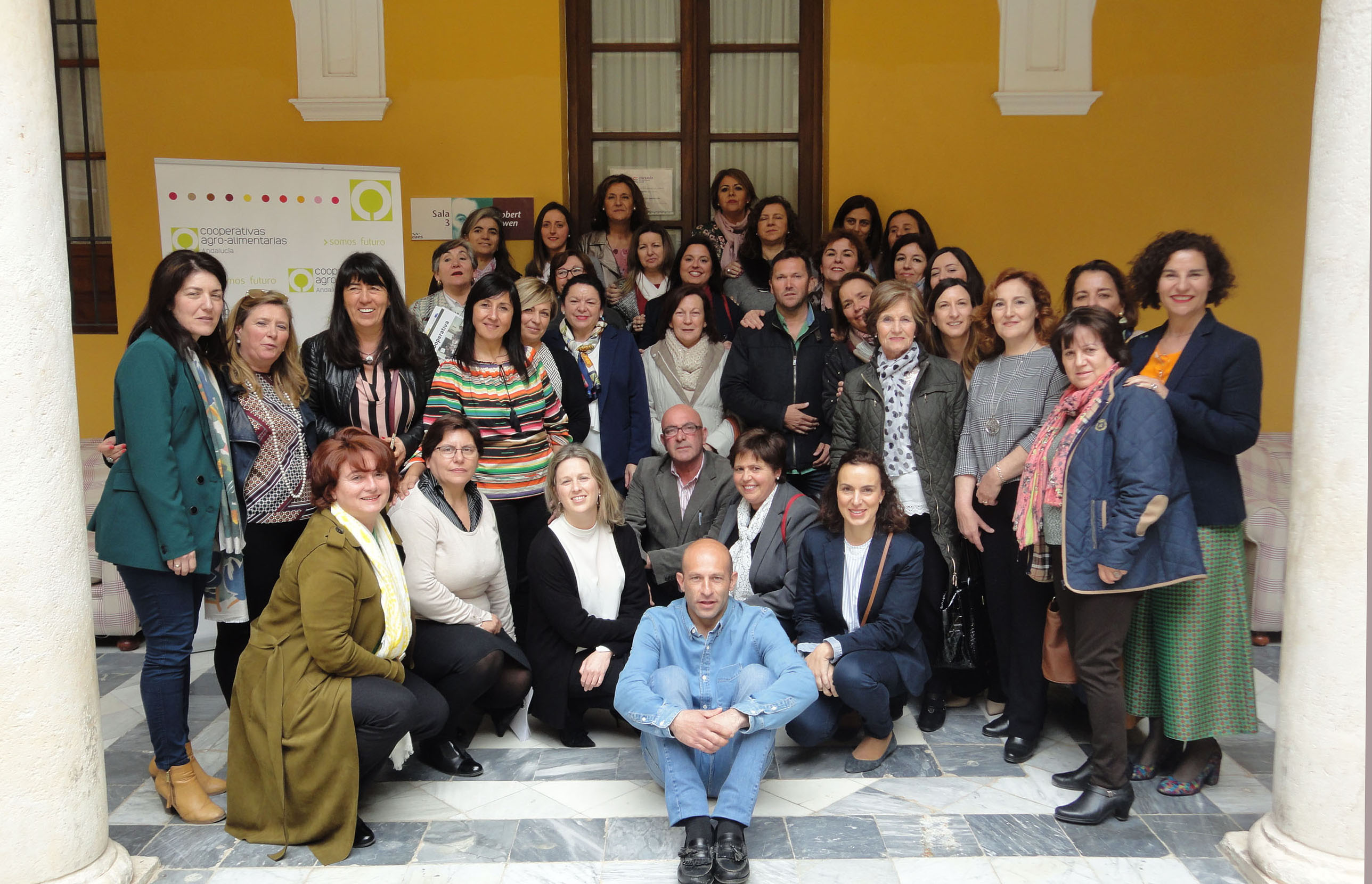 Una veintena de cooperativas agroalimentarias de Andalucía implementan planes de igualdad