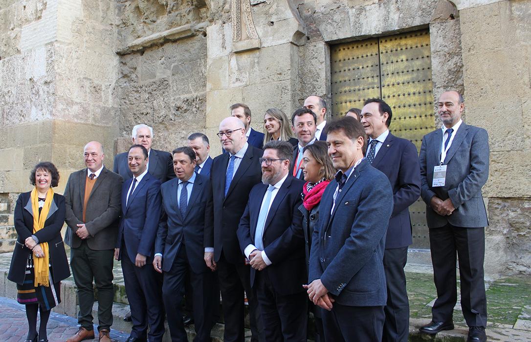 Hogan destaca en Datagri el papel de Andalucía como líder en la revolución digital de la agricultura