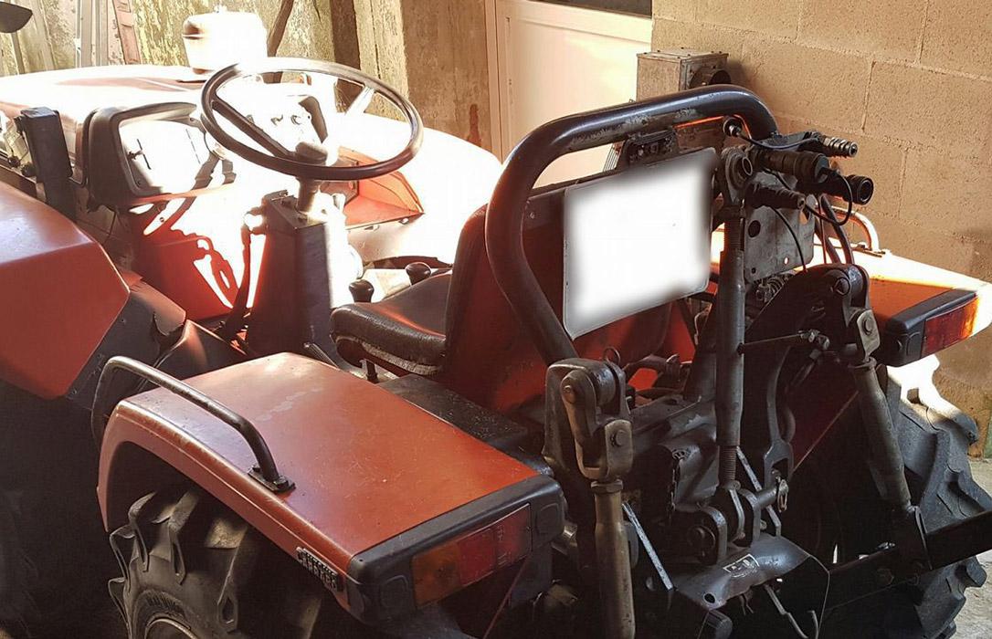 Un nuevo detenido por conducir un tractor sin puntos del carné y no haber pasado la ITV en 10 años