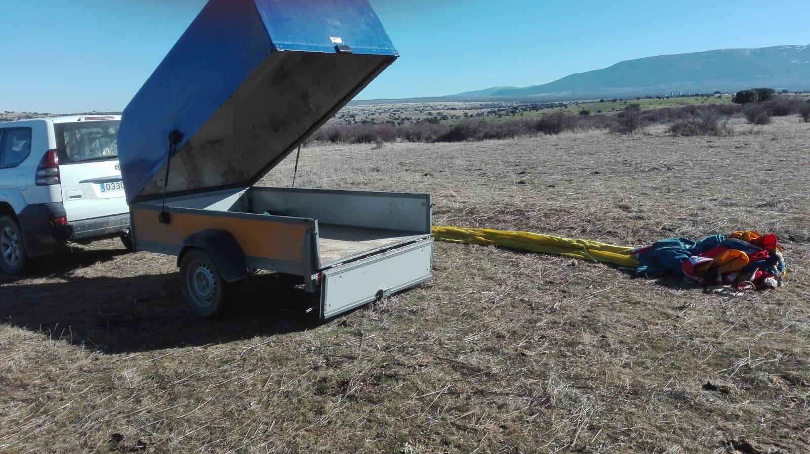 Cuando el peligro a la ganadería sigue llegando del cielo: Dos nuevos aterrizajes de globos en explotaciones