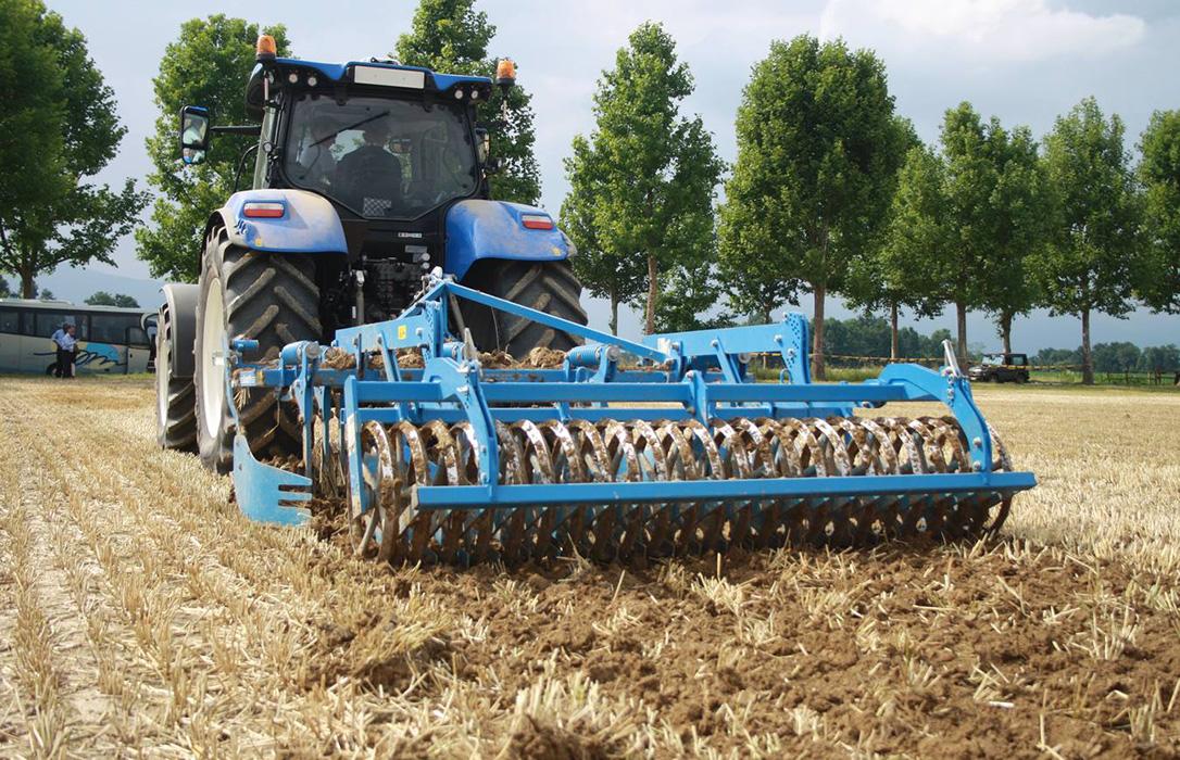 Fracaso total del Plan Renove para tractores: Nadie quiere comprar uno y se queda sin cubrir casi el 95% del dinero previsto