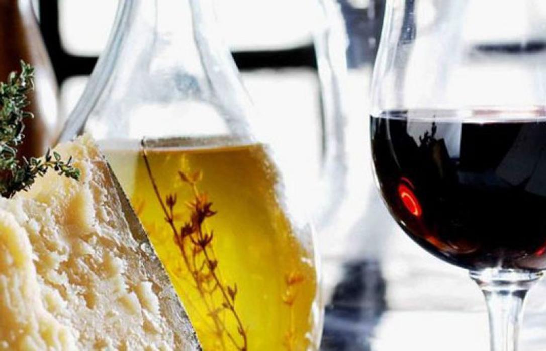 El rumor más temido toma forma: La subida de aranceles al aceite y el vino en EEUU, para octubre o noviembre