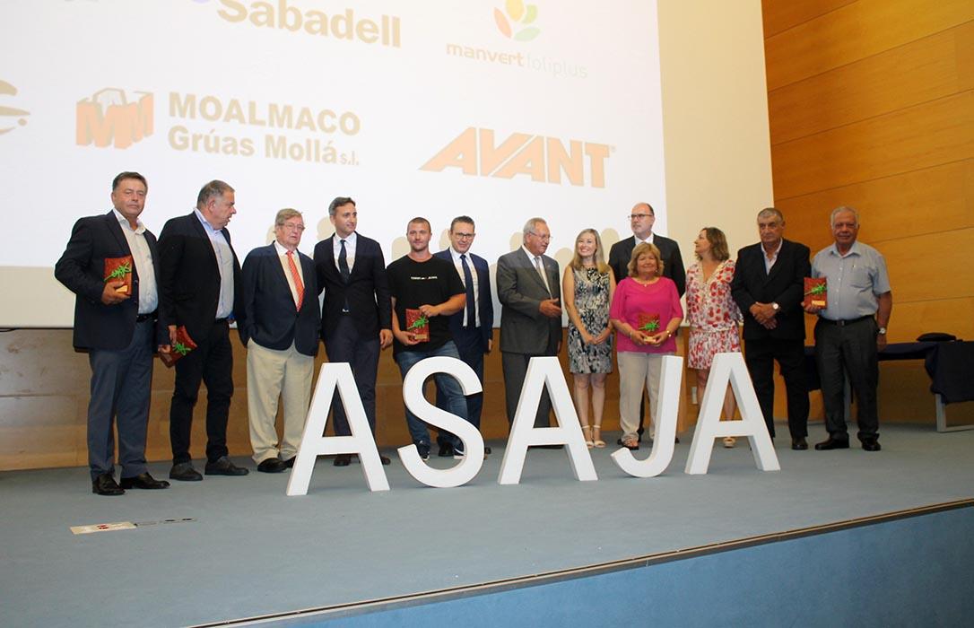 La Noche de la Agricultura Alicantina entrega sus premios y congrega al sector productor en su puesta de largo anual