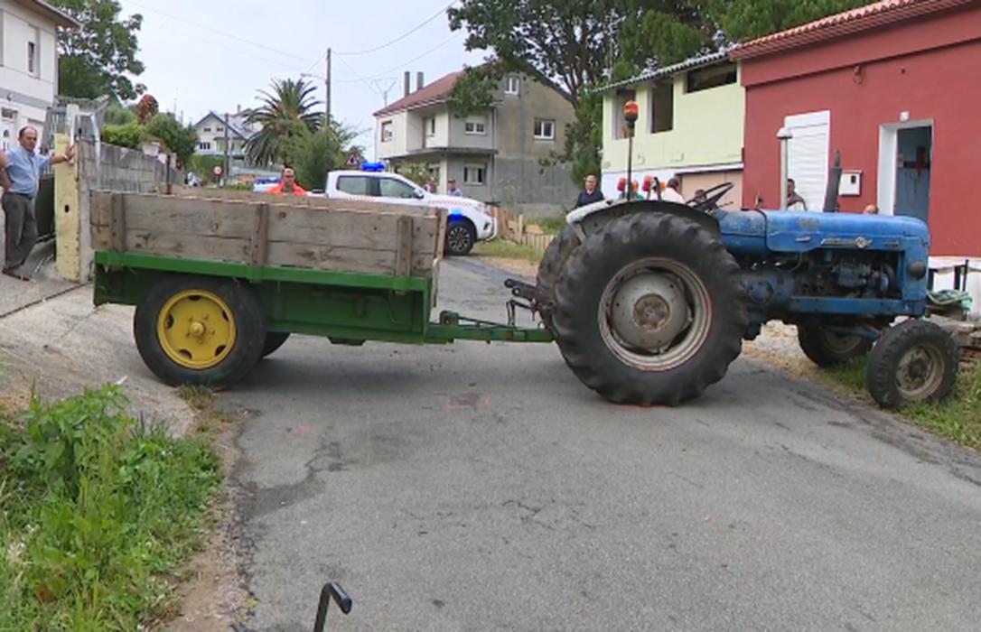 Fallece una mujer septuagenaria al sufrir un accidente con el tractor que conducía