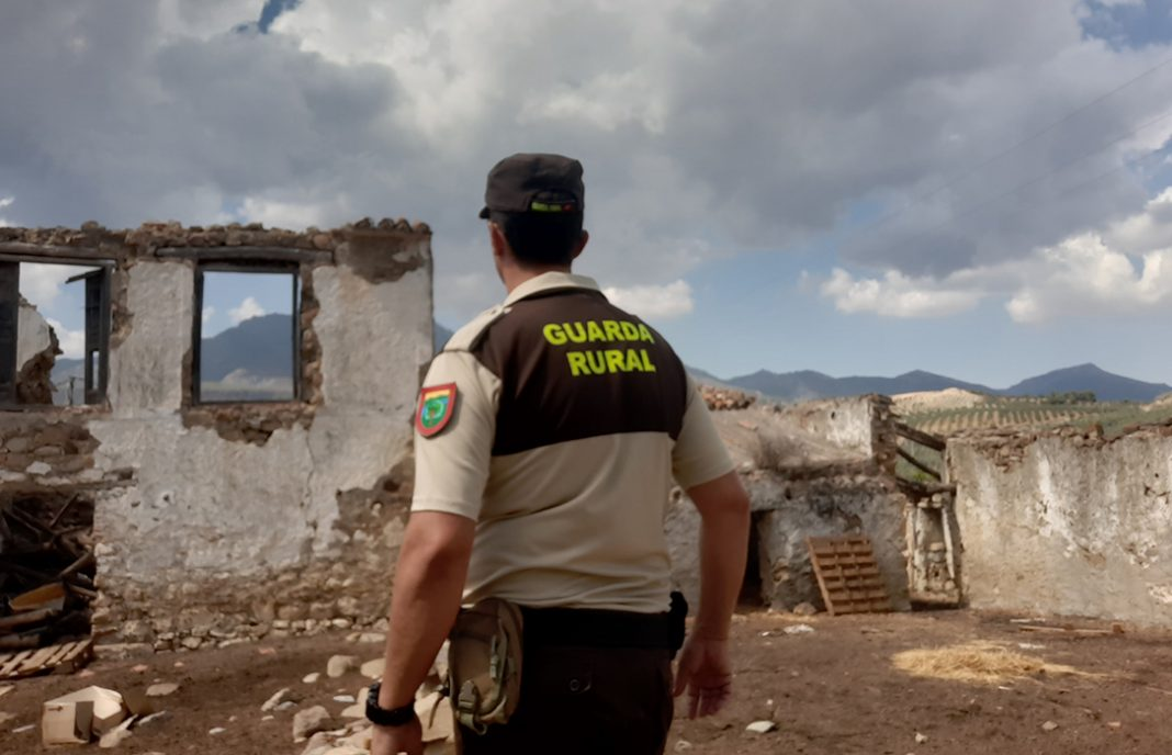 Los guardas rurales denuncian el intrusismo en el sector y advierten de que puede haber multas de hasta 600.000 euros
