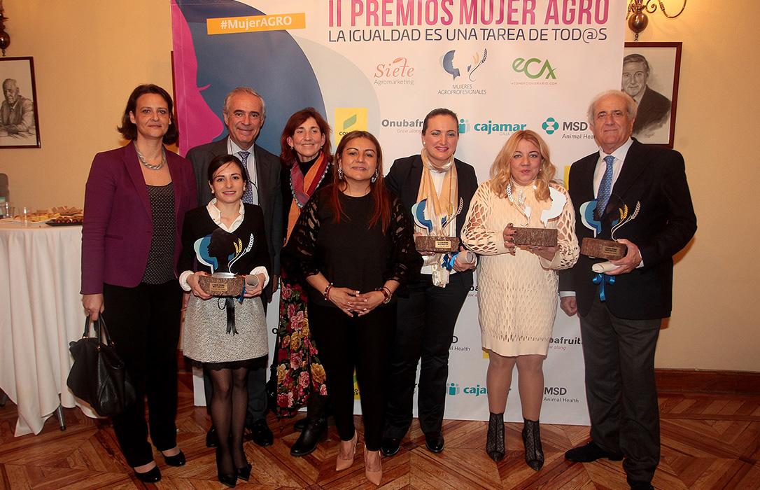 Blanca Torrent, Grupo Carinsa, Greencobi, Eloy Requena y Úrsula Sánchez, galardonados en los II Premios Mujer Agro