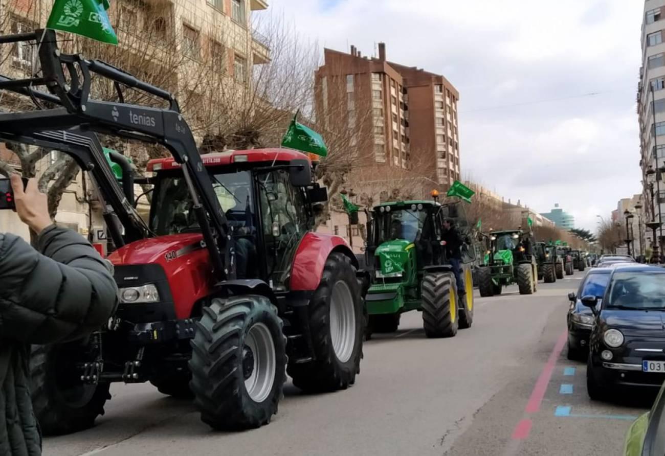 Las CCAA hacen un frente común en defensa de las protestas de los agricultores y ganaderos ante el Gobierno