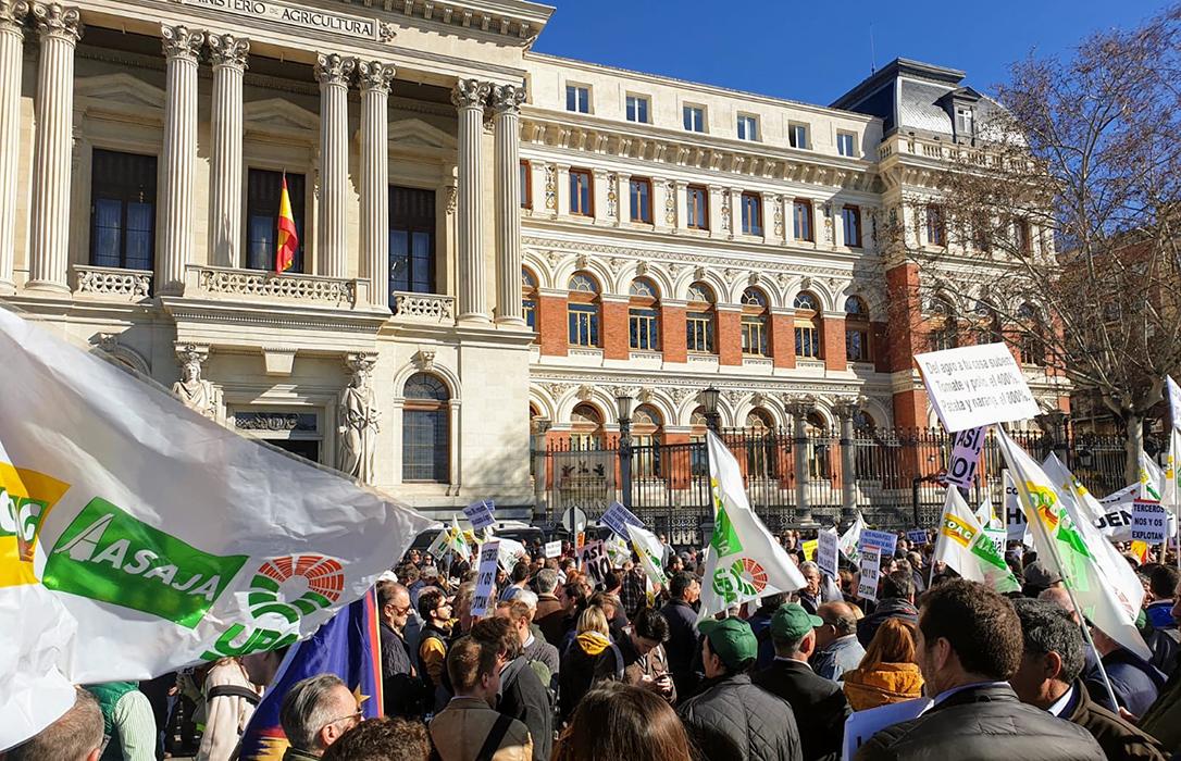 La protesta del campo toma las calles de Madrid y empieza a poner nervioso a todo el Gobierno y los partidos políticos
