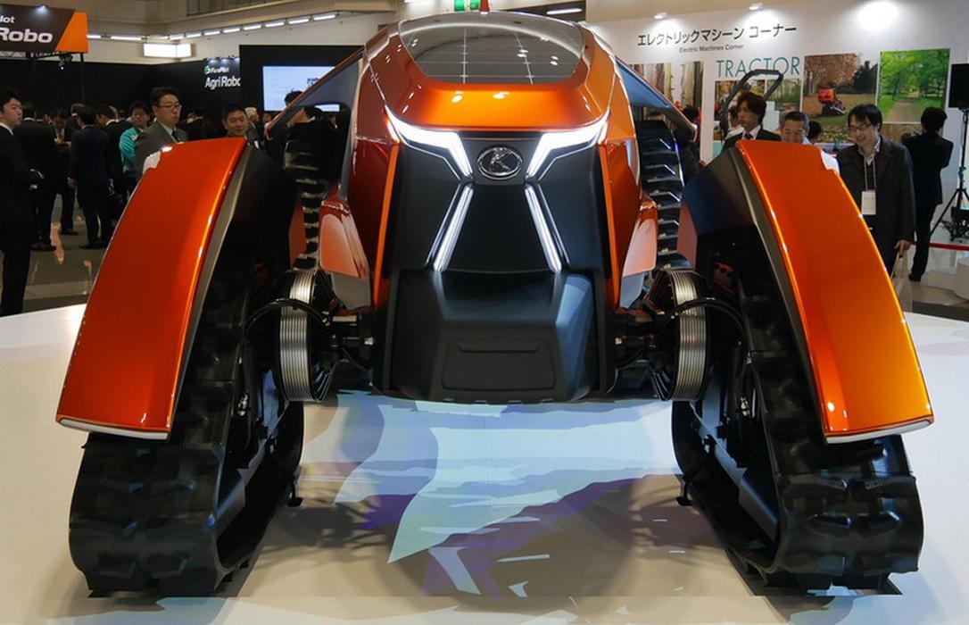 El Kubota X tractor cross la revolución eléctrica con paneles solares para facilitar el trabajo en el campo