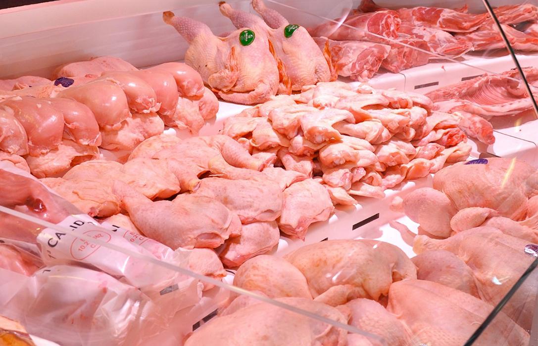 Más perjudicados: El sector avícola prevé perdidas de 600 millones si se mantiene el cierre del canal Horeca