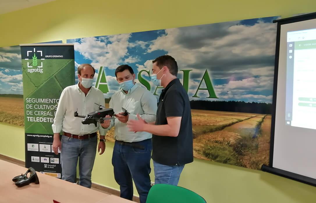 Un novedoso proyecto permite un ahorro del 35% en costes en cultivos de secano al lograr reducir el uso de fertilizantes