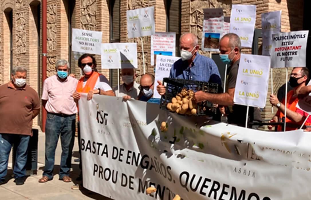 El Covid en tiempo de protestas: El Gobierno solo dejará manifestarse a 40 agricultores y sin compartir pancartas
