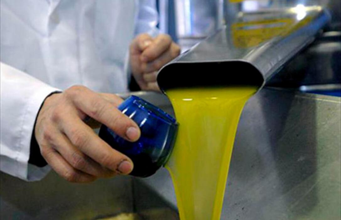 La Universidad de Córdoba valida un nuevo método más rápido y fiable para categorizar el aceite de oliva
