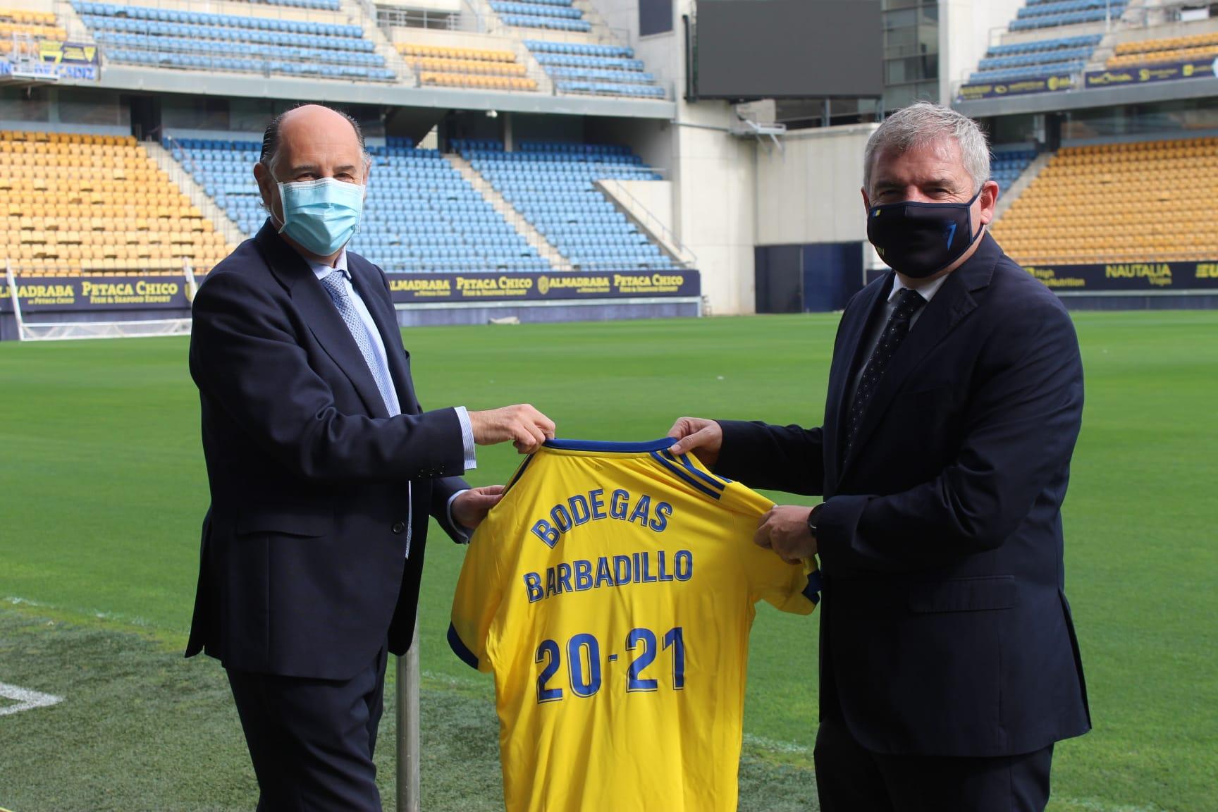 Cádiz C.F. y Bodegas Barbadillo se unen por tres años más para difundir y ampliar el sentimiento cadista