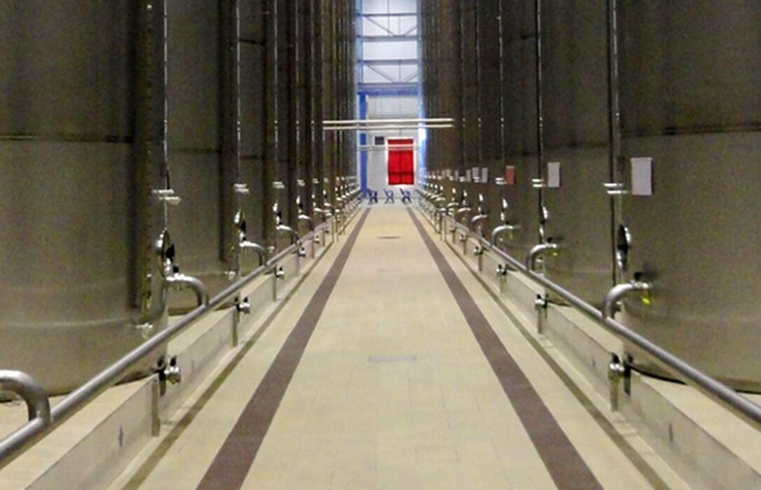 Andalucía abona 25,4 millones en ayudas al almacenamiento privado de aceite a un centenar de solicitudes