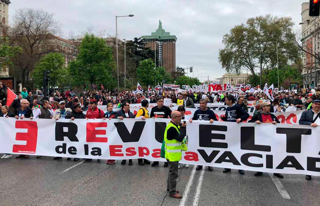 La España Vaciada aborda el reto demográfico y los retos de desequilibrio territorial con el Gobierno