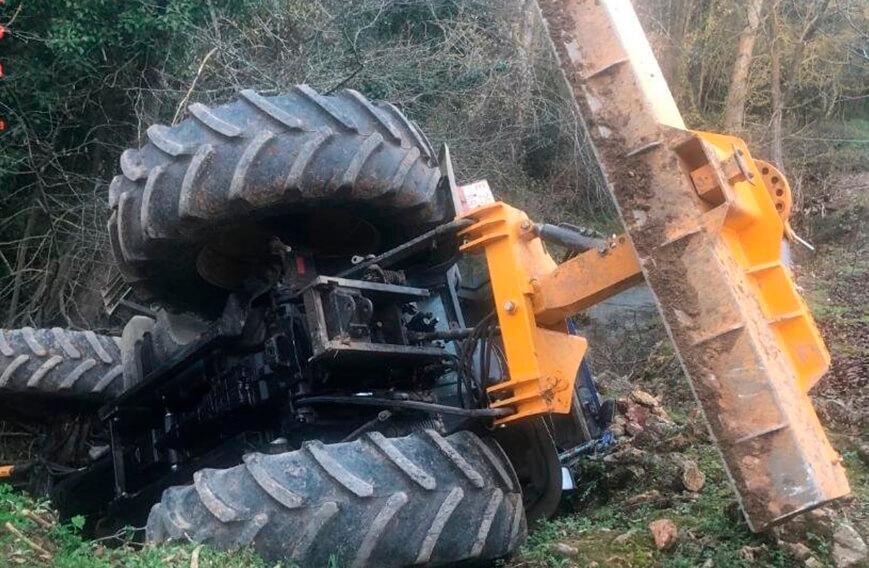 Trágico final de mes en el campo: Fallecen dos agricultores, uno de 76 años y otro de 50, en sendos accidentes con un tractor