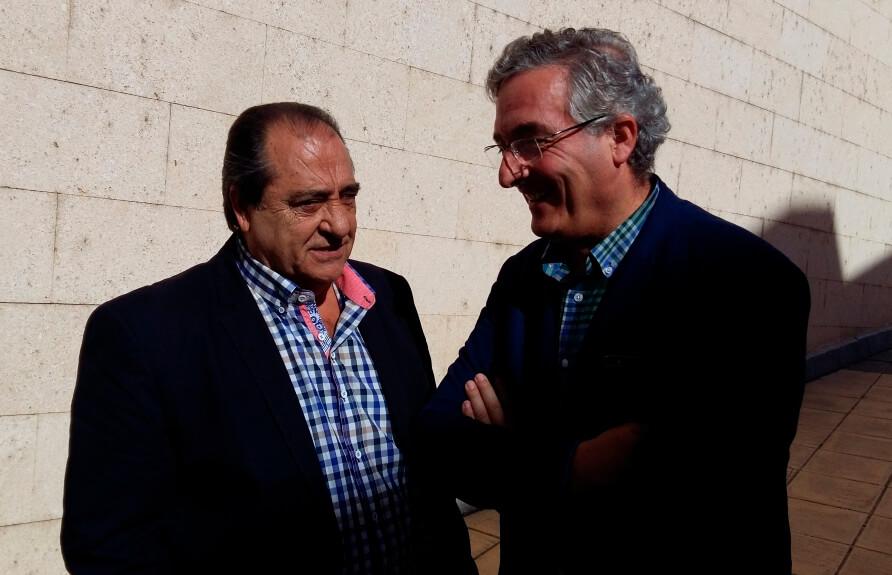 Luis Acín cesa como presidente de la Lonja Agropuecuaria del Ebro tras seis años y por motivos personales