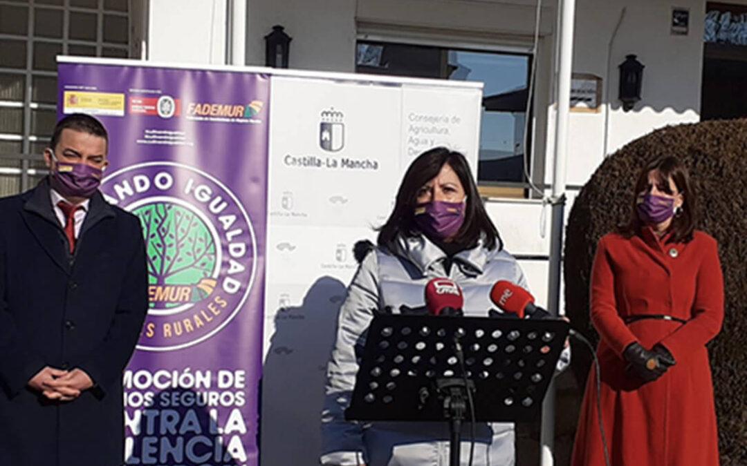 La primera de España: Castilla-La Mancha incluirá sus oficinas comarcales agrarias en la red de espacios seguros contra la violencia de género