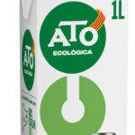 ATO lanza su gama ecológica de leche Eco con origen 100% catalán 1