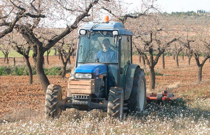 Proponen la gratuidad de las inspecciones técnicas de vehículos para la maquinaria agrícola o que el coste lo asuman las CCAA