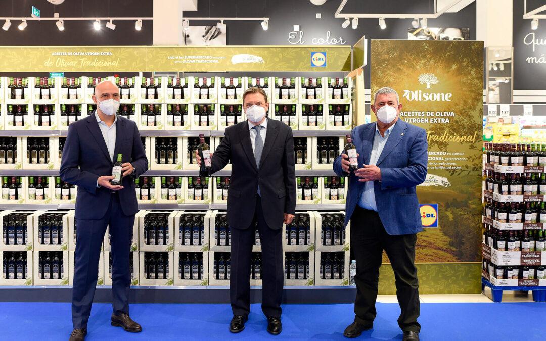 Lidl acuerda un precio mínimo con el sector del olivar tradicional por su aceite para pagar en origen un precio mínimo de 2,60€ por kilo