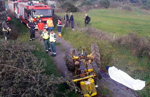 Otros dos agricultores octogenarios fallecen en sendos accidentes con sus tractores en un plazo de cuatro días