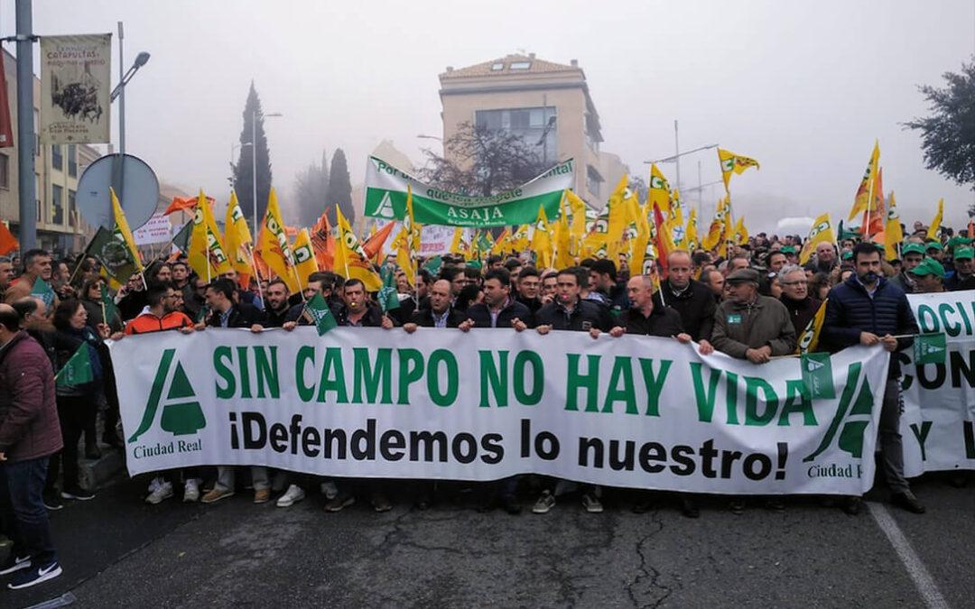 """ASAJA CLM va en serio con las movilizaciones y advierte a las Administraciones que habrá protestas «inteligentes pero muy contundentes"""""""