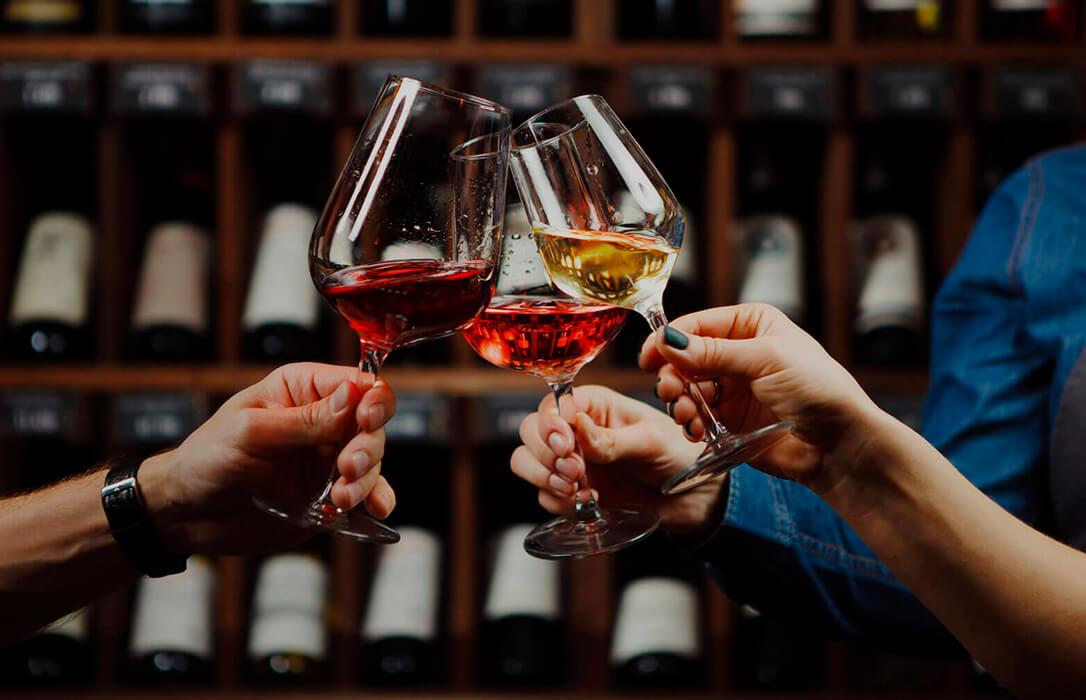 Las bodegas celebran el cambio del Gobierno para dar ayudas por el covid a más sectores, incluyendo al vitivinícola