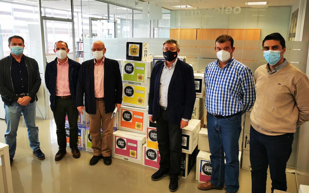Grupo Interóleo incrementa su aportación al Banco de Alimentos y hace entrega de 937,5 litros de aceite de oliva virgen extra