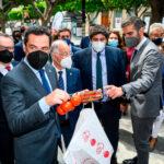 La Semana del Tomate Almeriense arranca con la visita de Juanma Moreno Bonilla y Fernando López Miras 1