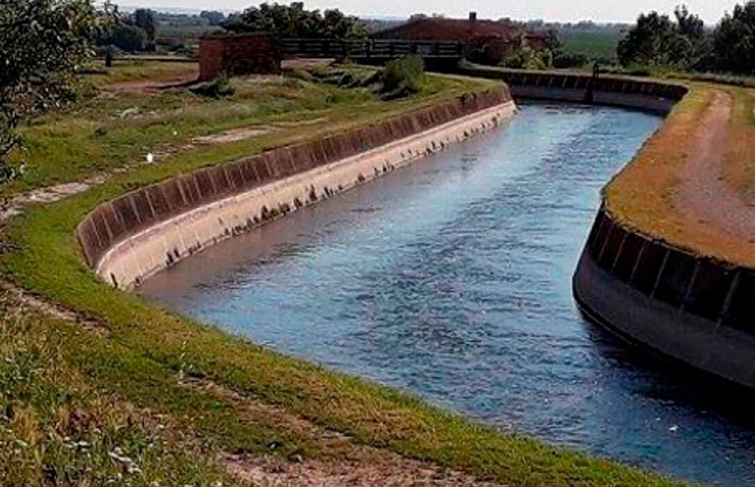 IRTA y regantes de los Canales de Urgel firma un convenio para impulsar un proyecto de modernización y de recuperación medioambiental