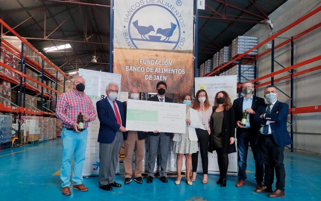Solidaridad del campo: Donación de más de 1.500 kilos de alimentos de origen cooperativo para el Banco de Alimentos