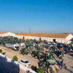 Los arroceros se movilizan y salen a las calles en tractores para pedir agua para sus plantaciones y evitar el desfilfarro
