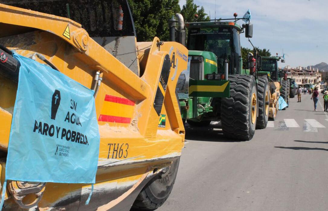 San Isidro reivindicativo: Oleada de protestas por numerosos municipios del Levante contra los recortes del Trasvase
