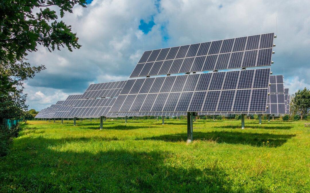 Ante la invasión de renovables, proponen una zonificación oficial de interés agrario para proteger el suelo de las grandes fotovoltaicas