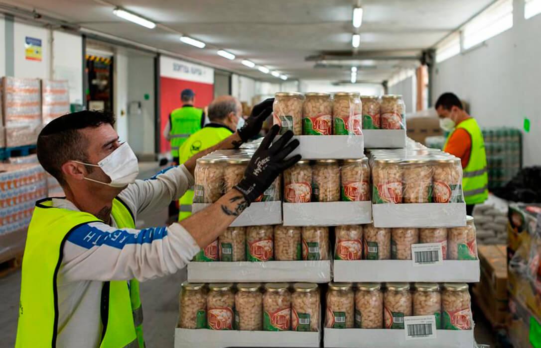 Las empresas de la Fundación Alimentum donan 200.000 kilos de alimentos y bebidas a los bancos de alimentos