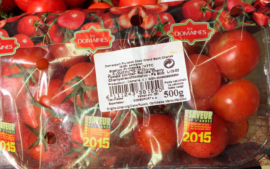 """El rey de Marruecos construye de forma ilegal la """"megalópolis del tomate"""" a costa de los saharauis y los agricultores del sudeste español"""