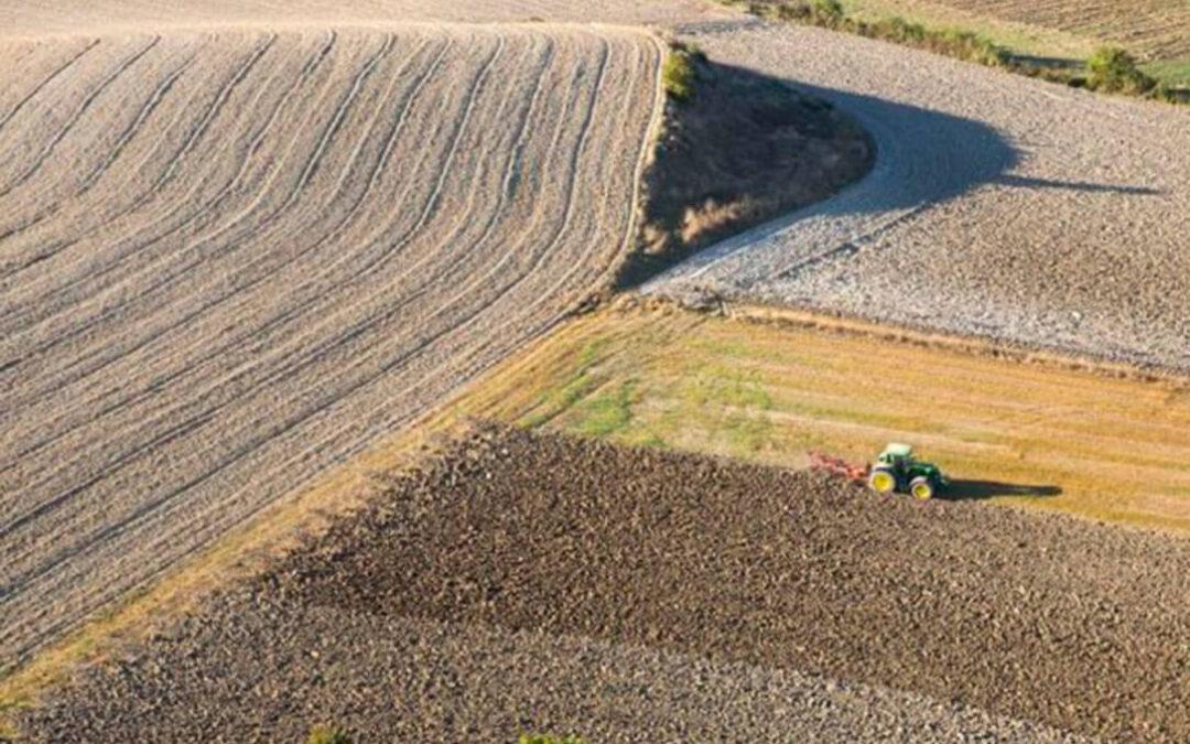 Debate de la PAC: Tras asumir al agricultor pluriactivo, Planas apuesta ahora por una convergencia al 85%