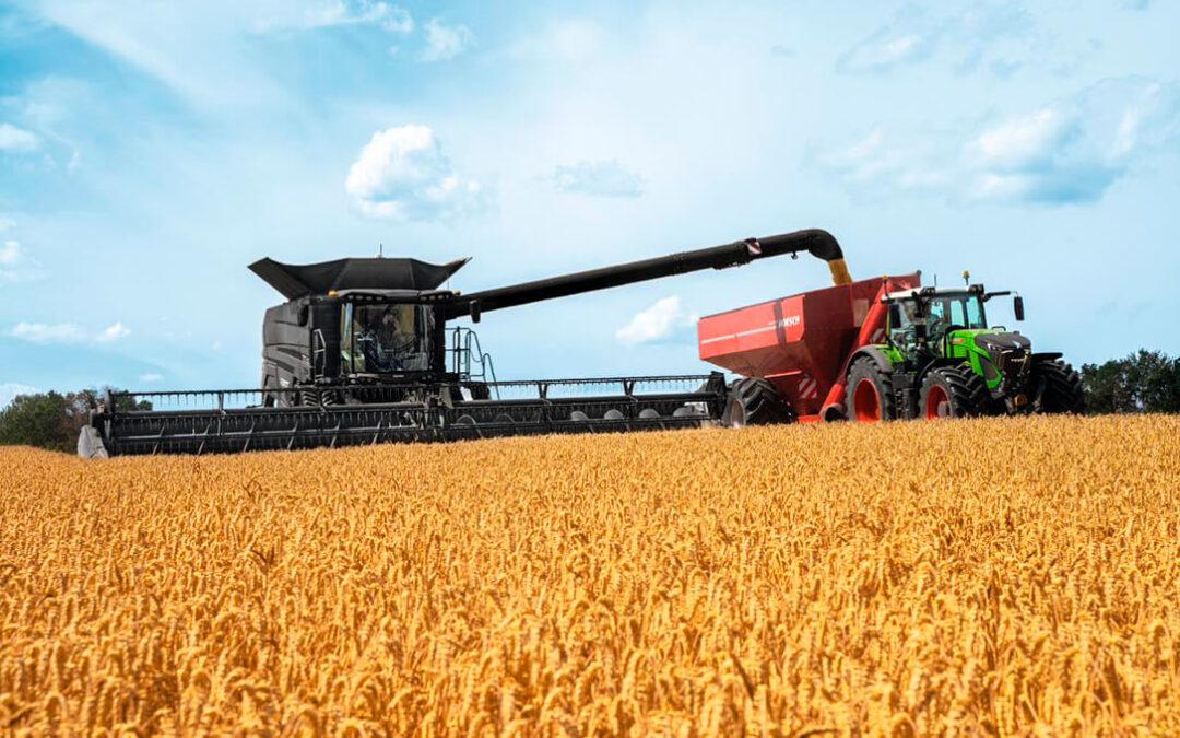 Novedades de las cosechadoras Fendt IDEAL con sistema de autoguiado y la distribución de la paja