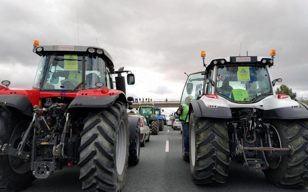 Las protestas no cesan: Almería reclama una PAC más justa con un mayor importe de las ayudas a la agricultura y ganadería