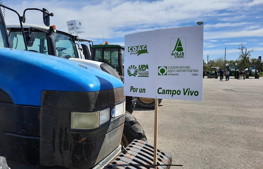 Andalucía se rebela contra el Plan Estratégico y las CCAA: Caravana de protesta por la pérdida de 100 millones si no hay cambios