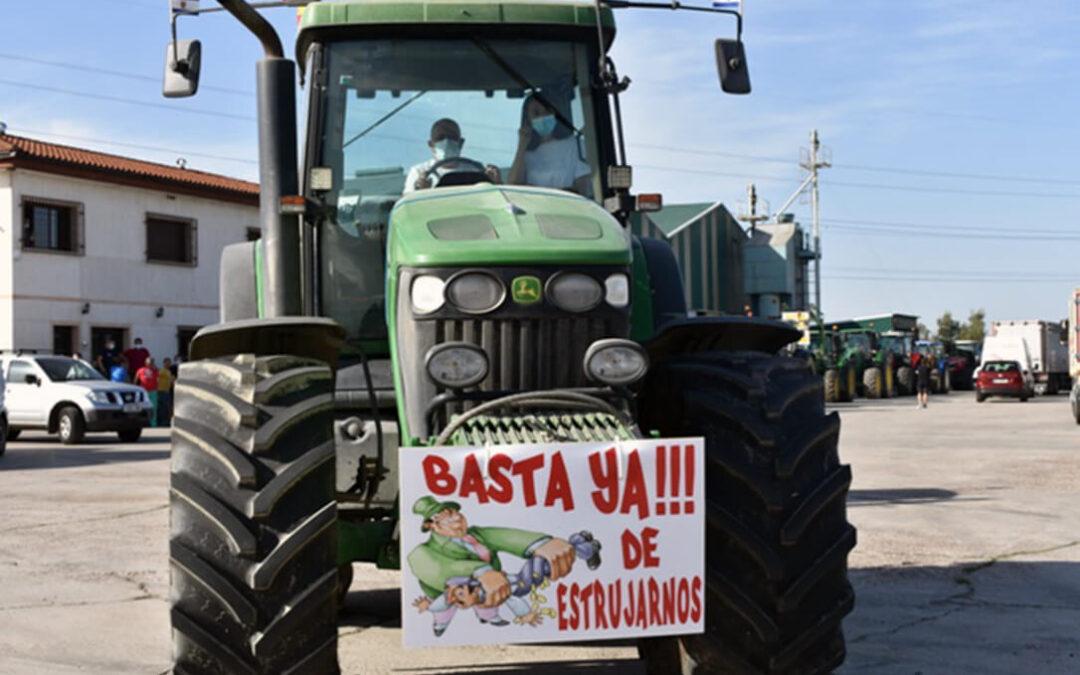El porqué de las protestas de la leche: Cada día hay dos explotaciones que cierran de forma definitiva sus puertas en España