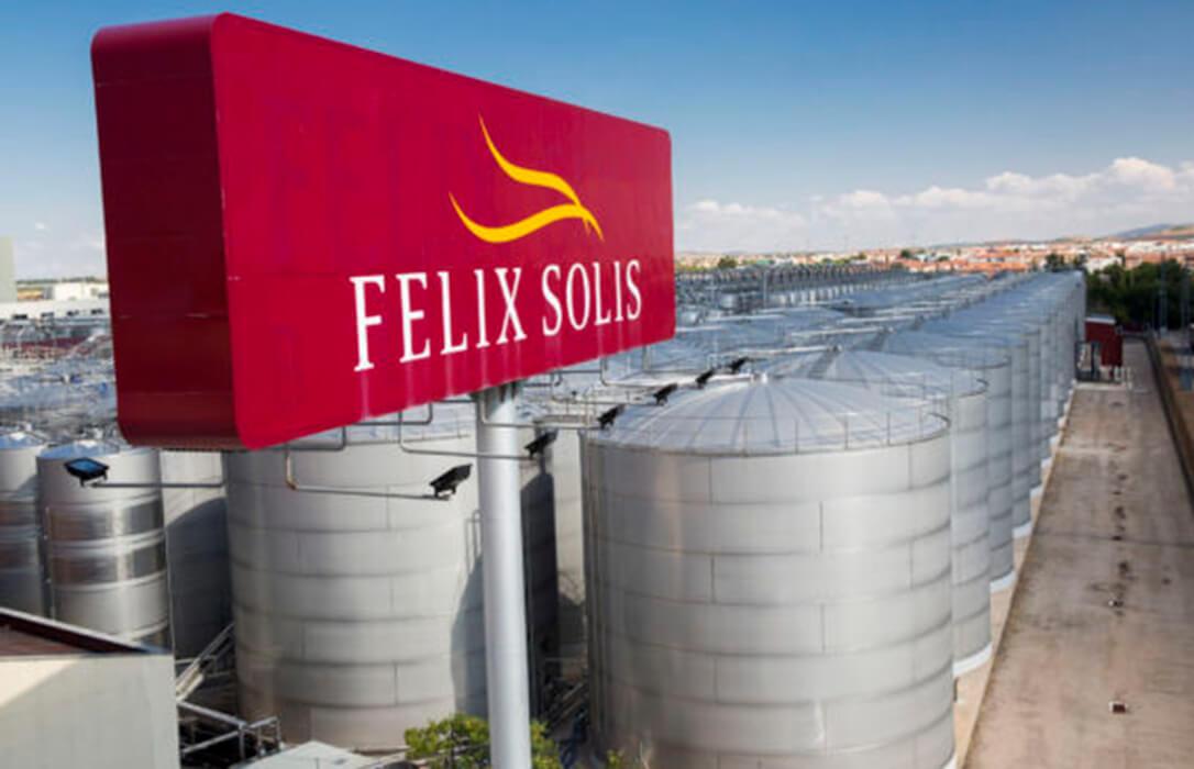 El Grupo Félix Solís hace públicas sus tablillas y anuncia que pagará la uva Airen un 35% más que en la pasada campaña