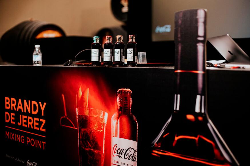 El colapso del transporte deja sin existencias a los fabricantes de bebidas espirituosas y pone en riesgo sus exportaciones