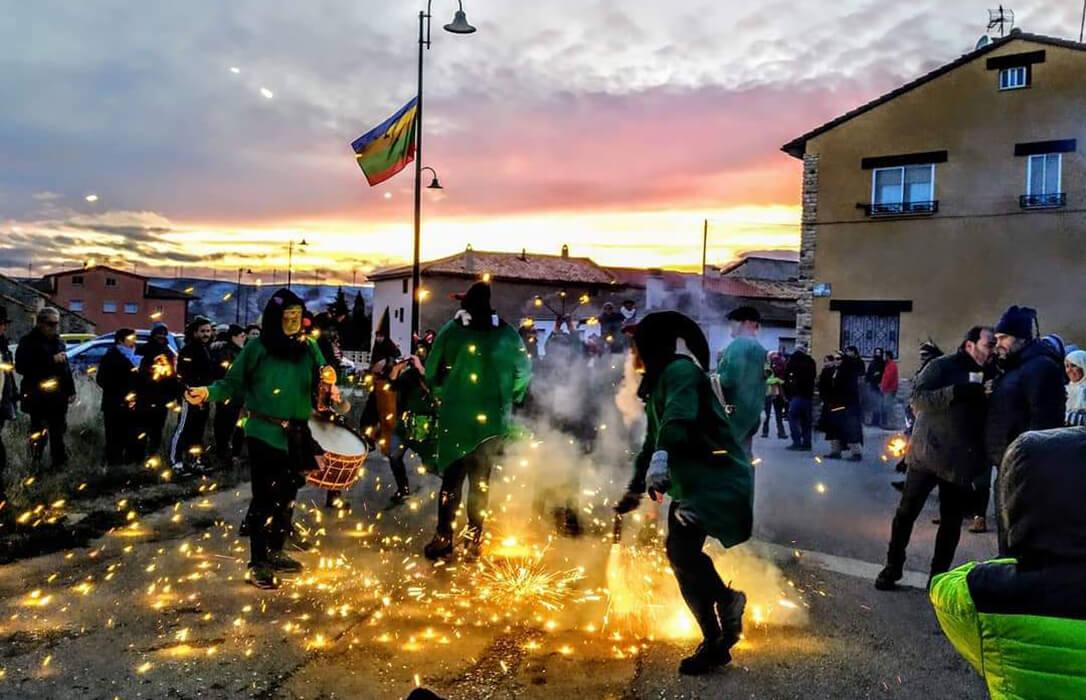 """El Capazo, el punto de encuentro de los jóvenes del Viello Aragón, se vuelve itinerante y recupera la """"nueit d'almetas"""""""